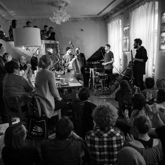 Jazztopad: la conquista del espacio